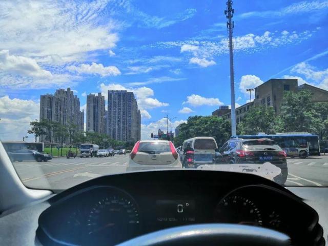 蓝天9.jpg