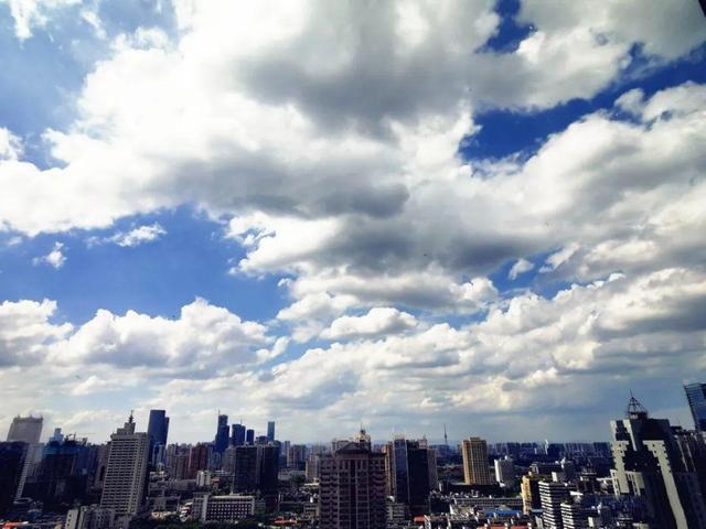 蓝天10.jpg